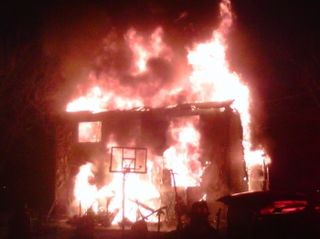 Bellmawr Nj 7 Residents Injured In House Fire Cnbnews