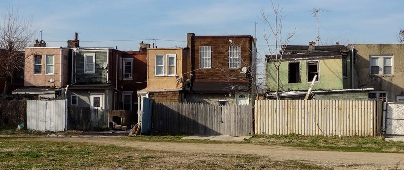 Liberty_Street_row_homes_in_Camden_NJ1