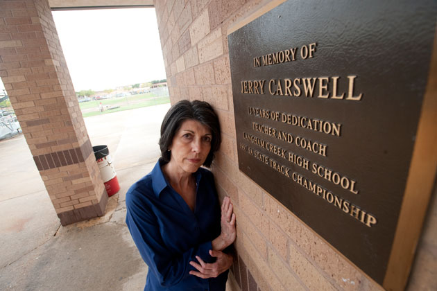 Carswell-plaque-630