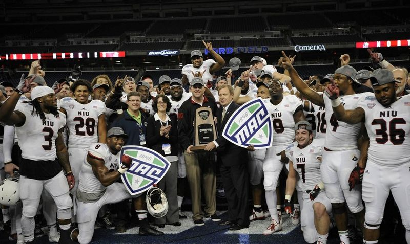 2014-MAC-football-champs-NIU-Ford-Field