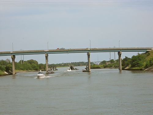 Cape_May_Canal_NJ_162_bridge