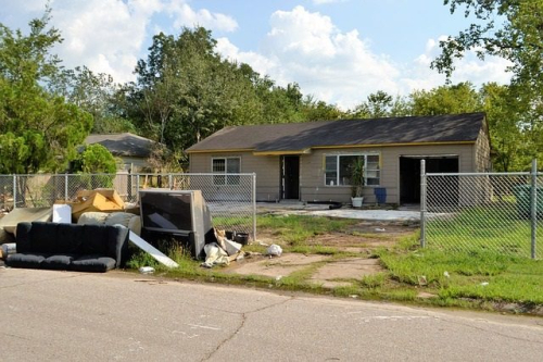 1.4-flood-damaged-home-640x426