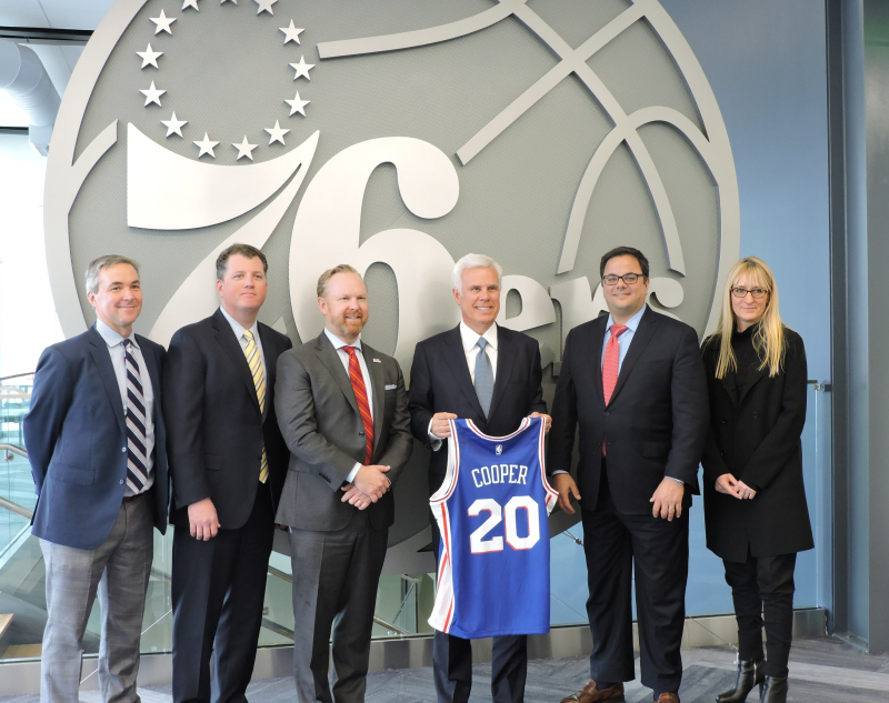 Sixers in front of Logo cropped lr
