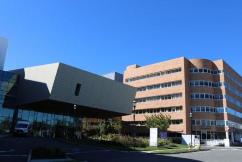 1.4-Shore-Medical-Center-entrance-640x427